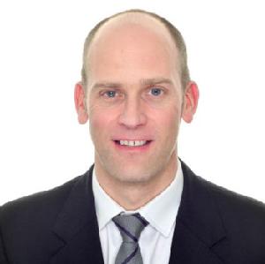 PAUL ASHLEY Head of Technology Transfer, Life Sciences OXFORD UNIVERSITY INNOVATION LTD.