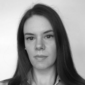 Elizabeth Cairns, Reporter, Vantage