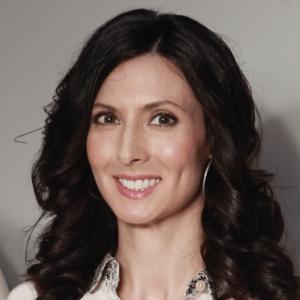 Joanne Hackett, General Partner, IZY Capital